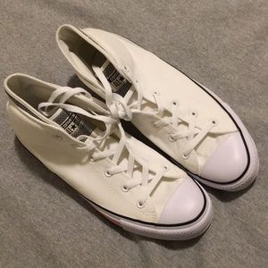 Converse Shoes - {SOLD} NEW Converse Ctas Syde St